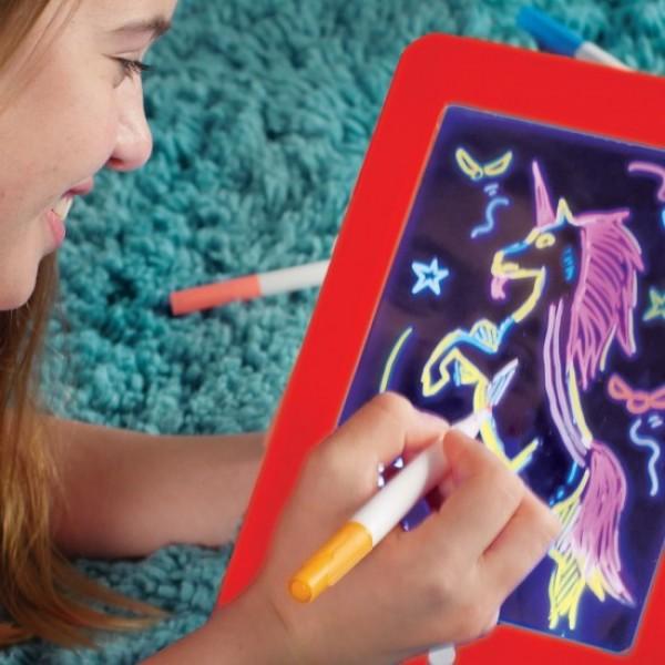 Tableta desen interactiva cu efecte luminoase 3D - Magic PAD + 1 GRATIS